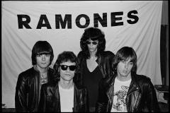 Ramones_10-C